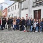 Wycieczka do Warszawy 10 listopada – nasi uczniowie w Muzeum Powstania Warszawskiego.
