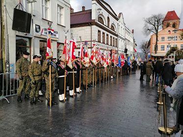 Uczniowie Zespołu Szkół Nr 3 w Wyszkowie wzięli udział w uroczystości uczczenia 100-lecia zaślubin Polski z Morzem.
